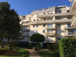 Appartement Illkirch Graffenstaden &bull; <span class='offer-area-number'>96</span> m² environ &bull; <span class='offer-rooms-number'>5</span> pièces