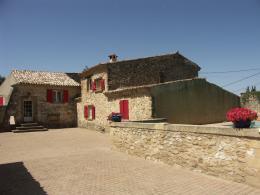Maison Lambesc &bull; <span class='offer-area-number'>473</span> m² environ &bull; <span class='offer-rooms-number'>18</span> pièces