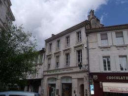 Location Bureau 8 pièces Angouleme