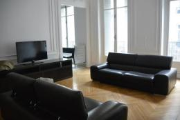 Location Appartement 3 pièces Paris 08
