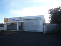Location Commerce Rochefort