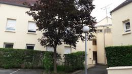 Appartement Longjumeau &bull; <span class='offer-area-number'>45</span> m² environ &bull; <span class='offer-rooms-number'>2</span> pièces