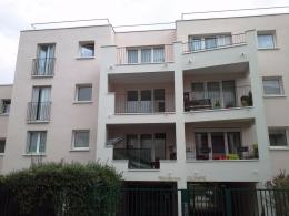 Appartement Viry Chatillon &bull; <span class='offer-area-number'>47</span> m² environ &bull; <span class='offer-rooms-number'>2</span> pièces