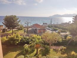 Appartement Cannes &bull; <span class='offer-area-number'>25</span> m² environ &bull; <span class='offer-rooms-number'>1</span> pièce