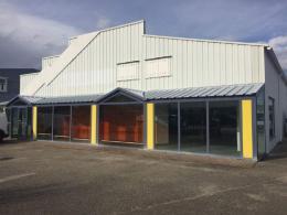 Location Commerce Amberieu en Bugey