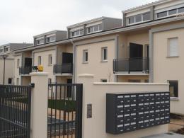 Location Appartement 3 pièces Ambares et Lagrave