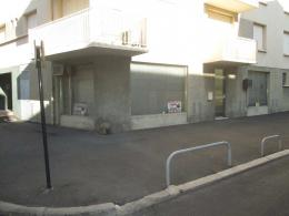 Location Commerce Beziers