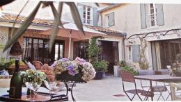 Maison St Martin de Re &bull; <span class='offer-area-number'>215</span> m² environ &bull; <span class='offer-rooms-number'>10</span> pièces
