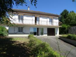 Maison St Junien &bull; <span class='offer-area-number'>105</span> m² environ &bull; <span class='offer-rooms-number'>5</span> pièces