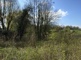 Terrain Montreuil sur Epte &bull; <span class='offer-area-number'>718</span> m² environ