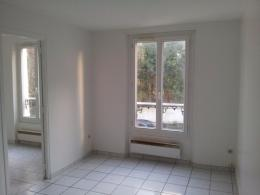 Appartement Coulommiers &bull; <span class='offer-area-number'>35</span> m² environ &bull; <span class='offer-rooms-number'>2</span> pièces