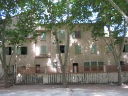 Achat Immeuble 18 pièces Entrecasteaux