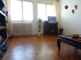Appartement St Junien &bull; <span class='offer-area-number'>56</span> m² environ &bull; <span class='offer-rooms-number'>2</span> pièces