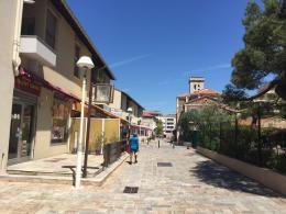 Location Commerce Cannes la Bocca