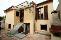 Maison Houilles &bull; <span class='offer-area-number'>50</span> m² environ &bull; <span class='offer-rooms-number'>3</span> pièces