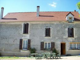 Maison La Ferte sous Jouarre &bull; <span class='offer-area-number'>178</span> m² environ &bull; <span class='offer-rooms-number'>6</span> pièces