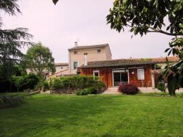 Maison Vielmur sur Agout &bull; <span class='offer-area-number'>208</span> m² environ &bull; <span class='offer-rooms-number'>7</span> pièces