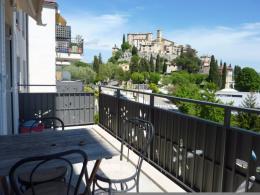 Location Appartement 3 pièces Carros