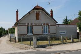 Maison St Denis en Val &bull; <span class='offer-area-number'>102</span> m² environ &bull; <span class='offer-rooms-number'>4</span> pièces