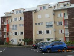 Appartement Le Gosier &bull; <span class='offer-area-number'>61</span> m² environ &bull; <span class='offer-rooms-number'>3</span> pièces
