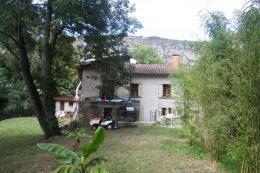 Maison Foix &bull; <span class='offer-area-number'>360</span> m² environ &bull; <span class='offer-rooms-number'>12</span> pièces