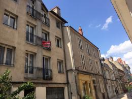 Appartement Nevers &bull; <span class='offer-area-number'>143</span> m² environ &bull; <span class='offer-rooms-number'>6</span> pièces