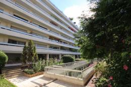 Appartement Paris 14 &bull; <span class='offer-area-number'>15</span> m² environ &bull; <span class='offer-rooms-number'>1</span> pièce