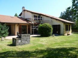 Location Villa 8 pièces Mozac