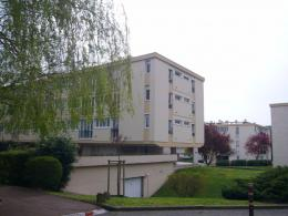 Appartement Gif sur Yvette &bull; <span class='offer-area-number'>62</span> m² environ &bull; <span class='offer-rooms-number'>3</span> pièces