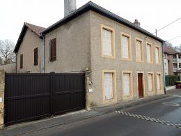 Maison Le Ban St Martin &bull; <span class='offer-area-number'>168</span> m² environ &bull; <span class='offer-rooms-number'>8</span> pièces