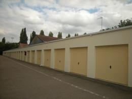 Location Parking Auxerre