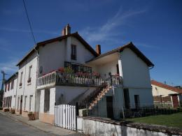 Maison St Eloy les Mines &bull; <span class='offer-area-number'>135</span> m² environ &bull; <span class='offer-rooms-number'>7</span> pièces