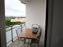 Appartement Nieul sur Mer &bull; <span class='offer-area-number'>65</span> m² environ &bull; <span class='offer-rooms-number'>3</span> pièces