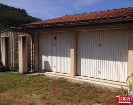 Parking Ferrieres sur Ariege &bull; <span class='offer-area-number'>34</span> m² environ