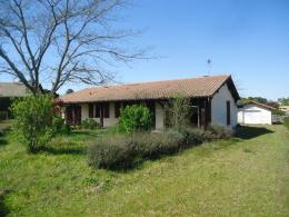 Maison Roquefort &bull; <span class='offer-area-number'>120</span> m² environ &bull; <span class='offer-rooms-number'>7</span> pièces