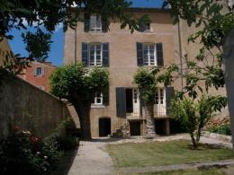 Location Maison 10 pièces Rians