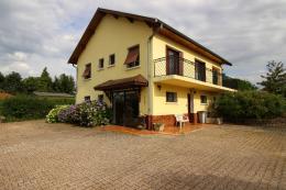 Maison La Tour du Pin &bull; <span class='offer-area-number'>130</span> m² environ &bull; <span class='offer-rooms-number'>6</span> pièces