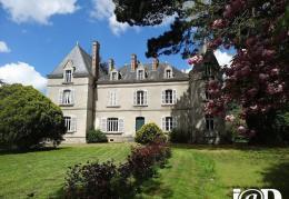 Achat Château 11 pièces St Etienne du Bois
