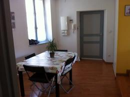 Appartement Castres &bull; <span class='offer-area-number'>49</span> m² environ &bull; <span class='offer-rooms-number'>2</span> pièces