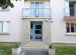 Location Appartement 4 pièces Doue la Fontaine