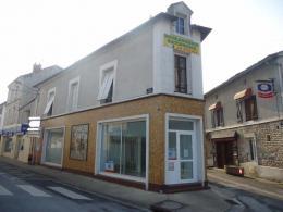 Location Bureau Neuville de Poitou