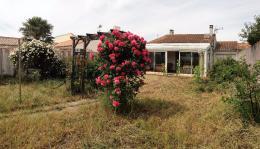 Maison Ste Marie de Re &bull; <span class='offer-area-number'>80</span> m² environ &bull; <span class='offer-rooms-number'>4</span> pièces