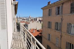 Appartement Marseille 06 &bull; <span class='offer-area-number'>40</span> m² environ &bull; <span class='offer-rooms-number'>2</span> pièces