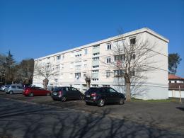 Appartement Mont de Marsan &bull; <span class='offer-area-number'>73</span> m² environ &bull; <span class='offer-rooms-number'>4</span> pièces