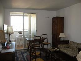 Appartement Marseille 04 &bull; <span class='offer-area-number'>69</span> m² environ &bull; <span class='offer-rooms-number'>3</span> pièces