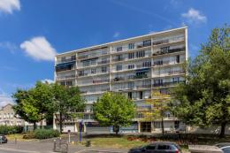 Appartement Rosny sous Bois &bull; <span class='offer-area-number'>97</span> m² environ &bull; <span class='offer-rooms-number'>5</span> pièces