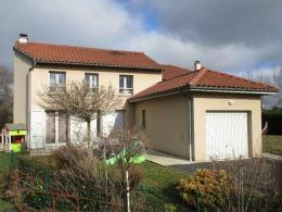 Maison Crandelles &bull; <span class='offer-area-number'>112</span> m² environ &bull; <span class='offer-rooms-number'>4</span> pièces