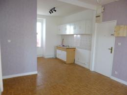 Appartement Aurillac &bull; <span class='offer-area-number'>44</span> m² environ &bull; <span class='offer-rooms-number'>3</span> pièces