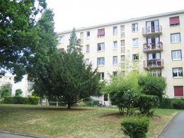 Appartement Ste Genevieve des Bois &bull; <span class='offer-area-number'>69</span> m² environ &bull; <span class='offer-rooms-number'>4</span> pièces