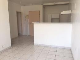 Appartement Meze &bull; <span class='offer-area-number'>33</span> m² environ &bull; <span class='offer-rooms-number'>2</span> pièces